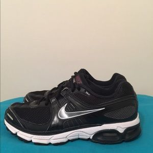 Nike moto 8